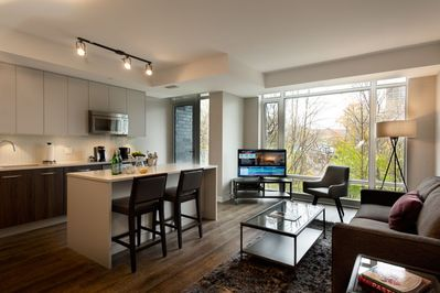 Excellent Smr Champagne Ottawa Centretown West Home Interior And Landscaping Fragforummapetitesourisinfo