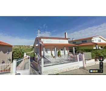 Photo for 4BR Villa Vacation Rental in Ericeira