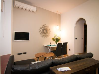Photo for Carretería 15. Quiet 1 bedroom apartment in the center