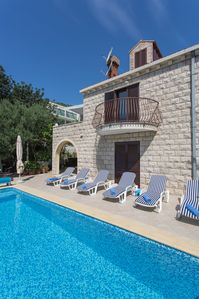 Photo for Spacious four star villa with beautiful terrace and pool