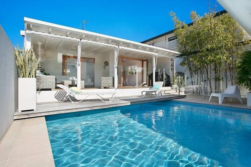 beach house pool gold coast william s house with pool homeaway 315