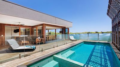 Photo for Coastal Bliss Luxury in Blairgowrie