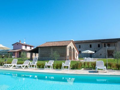 Photo for Ground Floor Apartment for 5 Guests - La Collina del Sole