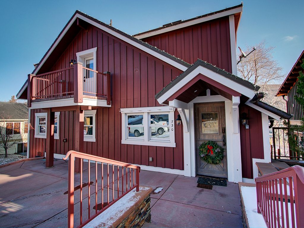 Cooper 39 s amazing home and location steps t homeaway for Cooper s cabin park city