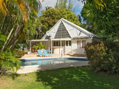 Photo for 1 bed apt sleeps 2 adults + 2 children 350 yards to Mullins beach, aircon in bed