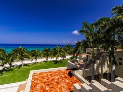 Photo for Casa Mondo Palancar 23 Acre Beachfront Estate. 7 BR Villa. Private Pool!