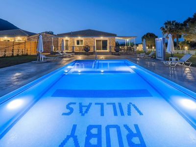 Photo for 2 bedroom Villa, sleeps 4 in Chartata with Pool, Air Con and WiFi
