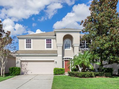Photo for Luxury Family Villa, Private Pool, 10 Minutes to Disney, Water Park & Clubhouse