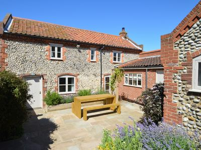 Photo for 3 bedroom Cottage in Salthouse - NCC74