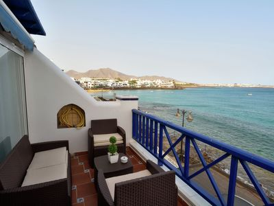 Photo for Modern appartment with terrace and seaview in the center of Playa Blanca