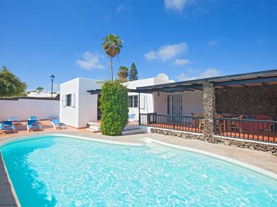 Photo for Casa Gegore Puerto del Carmen family-friendly private heated pool, sleeps 7, walk to beaches 13min