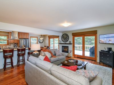 Photo for Updated 3BR w/ Fireplace, Large Deck & Grill - Close to Rec Center & Eateries