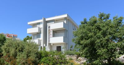 Photo for Apartments NIKS for 10 people near the center of Novalja