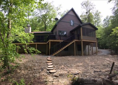 Rear view of Creekside Cottage