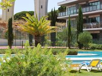 Excelent apartment fully equipped, great big terrace with golf view.