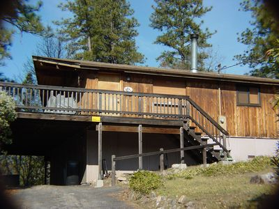 Photo for 3 Bedroom, 2 Bath Cabin, Sleeps 8 - between E. Sonora and Twain Harte.