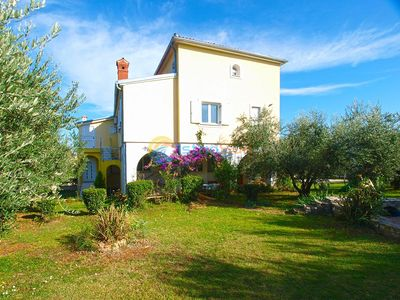 Photo for Apartment 1969/26153 (Istria - Liznjan), Budget accommodation, 2250m from the beach