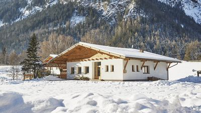 Photo for Large house for 15 persons with sauna suitable for wheelchair users