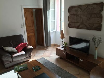 Photo for Apartment 5 rooms character 6-7 people near beaches and shops
