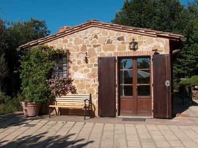 Photo for One bedroom Villa, sleeps 2 in Petroio with Pool, Air Con and WiFi
