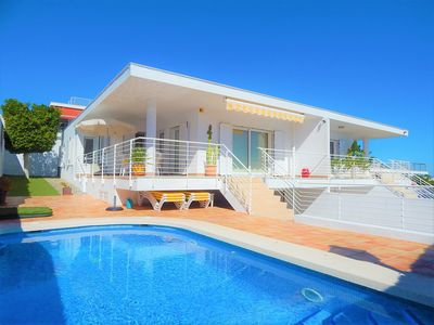 Photo for 3 bed, 2 bathroom villa with private pool.   5 mins walk to the beach.