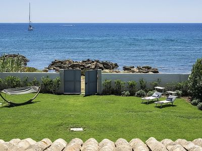 Photo for Holiday villa rental near Syracuse Sicily on the beach and with air conditioning