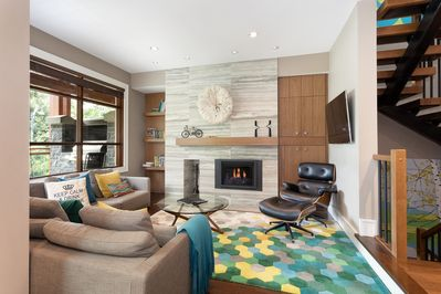 Living Room with Flat Screen TV, Gas Fireplace, Scenic Views
