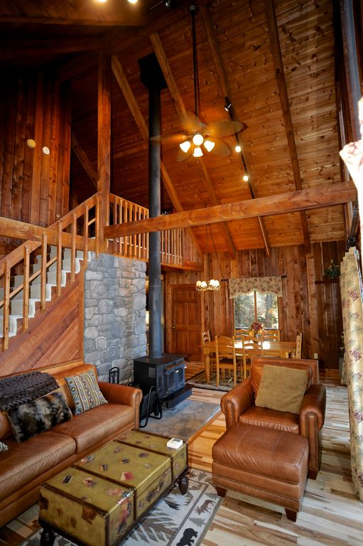 Suzies luxury cabin asheville new hot tub dec 13 21 avail for Asheville nc luxury cabin rentals