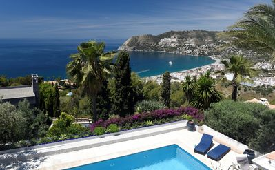 Photo for Luxury family villa - 14 people, Pool, Panoramic sea view, Andalusia