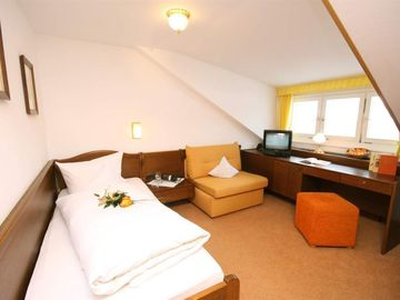 Search 491 holiday lettings