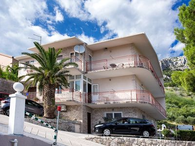 Photo for Apartment in Brela with Seaview, Balcony, Air condition, Washing machine (3522-1)