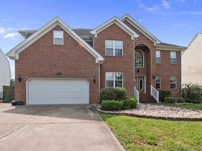 Photo for Luxurious 3600SF 6BR 4BA home ideal for large.