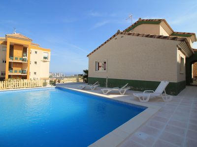 Photo for This 3-bedroom villa for up to 6 guests is located in Benidorm and has a private swimming pool and W