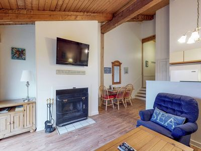 Photo for 2BR Townhome Vacation Rental in Oak Bluffs, Massachusetts