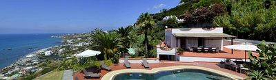 Photo for 6 bedroom Villa, sleeps 12 in Forio d'Ischia with Pool and WiFi