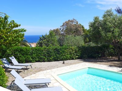 Photo for Nice apartment for 10 people with WIFI, private pool, TV, balcony, pets allowed and parking