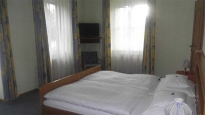 Photo for Double Room with Balcony - No. 8 - Hotel Garni Stabauer