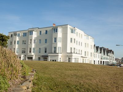 Photo for Bude Panoramic Sea Views Spacious 3 Bed Apartment Close to Town & Beach