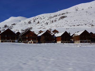 Photo for Apartment close to ski slopes and school