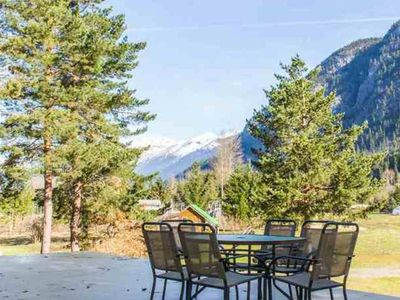 Photo for Relaxing Home on 20 Acres in Pemberton Meadows