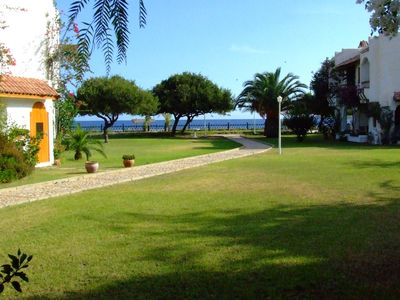 Photo for Cosy holiday house integrated in small and quiet complex with pool right at the