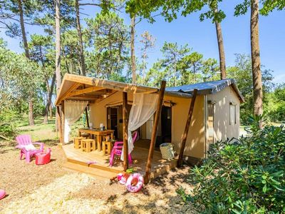 Photo for Camping des Pins **** - Lodge Cotton Premium 4 rooms 6 people