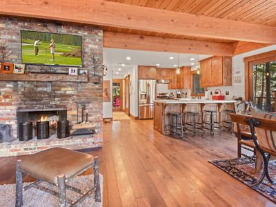 Photo for Ideal Tahoma house renovated and  luxury amenities
