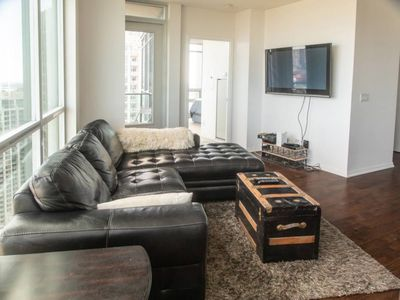 Photo for Modern 2 bedroom Condo with CN Tower Views