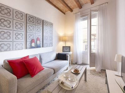 Photo for Gaudi P1 apartment in Gràcia with WiFi, air conditioning, private terrace & lift.