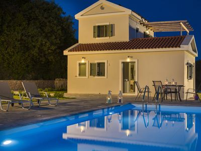 Photo for Villa Elaia, luxury 2 bedroom villa in Sarlata with stunning sea views