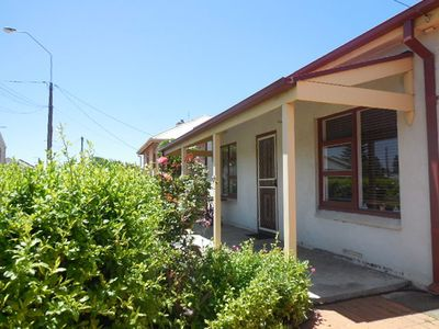 Photo for 11 Hutchinson Street - Goolwa Cottage