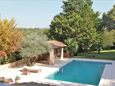 Photo for Charming Provencal Villa with Great Pool-5 Km to Aix Center