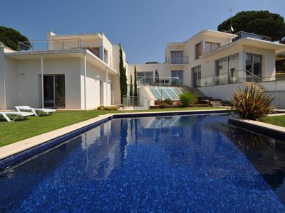 Photo for Modern Villa Tortouga, 600m from the sea, air conditioning, private pool, 4 bedrooms, barbecue, recreation area, parking