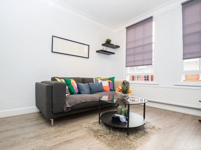 Photo for 1 Bedoom Apt, Goodge Street, Fitzrovia, London!
